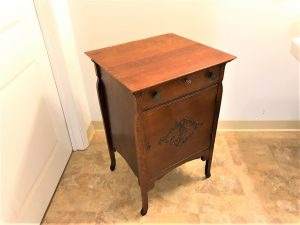 Restoring an 1890's Music Box Disc Cabinet
